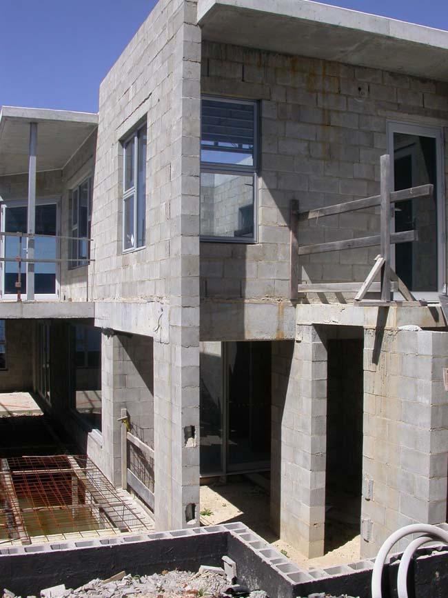 Công trình sử dụng gạch block bê-tông xây Phú Điền